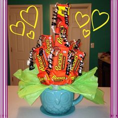 Father's Day candy bouquet!! Peanut butter cups!! Candy Bouquet, Peanut Butter Cups, Fathers Day, Crafty, Father's Day