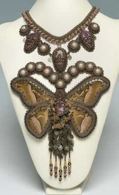 Jardin Victorien - Bead&Button Magazine Community - Stunning Necklace by Miranda Groenendaal!