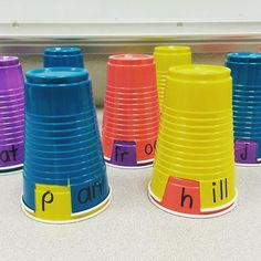 "210 Likes, 20 Comments - Kindergarten Lessons & Ideas (@earlycorelearning) on Instagram: ""I love this word work activity from @kteachertiff123 . Students spin the cup to find words. They…"""