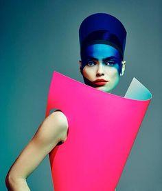 Tentoonstelling The Future of Fashion is te zien in museum Boymans van Beuningen tot 18-01-2015 te Rotterdam