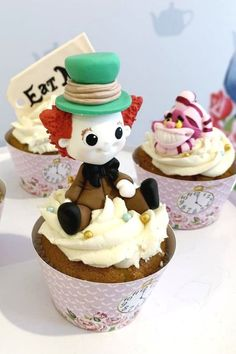 Swoon over this fabulous Alice in Wonderland birthday party! The cupcakes are so much fun! See more party ideas and share yours at CatchMyParty.com  #catchmyparty #partyideas #aliceinwonderland #aliceinwonderlandparty #girlbirthdayparty #cupcakes