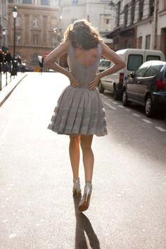 Design Chic - cute and flirty gray dress