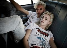Lucky Blue Smith & Pyper America star in the fresh Ksubi Denim Fall 2015 Campaign, photographed by by Steven Khan. Lucky Blue Smith, Pyper America Smith, Ft Tumblr, Siblings Goals, Chica Cool, Sibling Poses, Couple Posing, Hottest Models, Mannequins