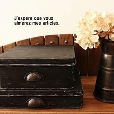 ●お煎餅の空き缶を、アンティーク缶に*再リメイクは、白→黒。セリアのあれも使って●  ・:*:ナチュラルアンティーク雑貨&家具のお部屋・:*