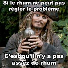 Captain Jack Sparrow and his rum ~ Jack Sparrow Funny, Jack Sparrow Quotes, Humour Disney, Disney Memes, Funny Disney, Disney Quotes, Funny Pictures With Captions, Funny Photos, Face Pictures