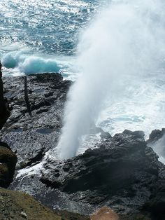 Halona Blowhole, Oahu, Hawaii by Tweakinator, via Flickr
