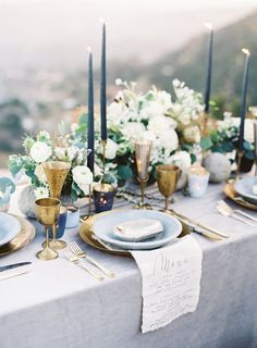 Modern blue table setting