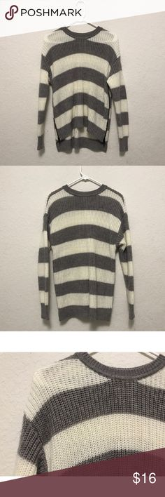 BOGO 50% OFF‼️ ⭐️F21 Hi-Lo Knit Sweater White and gray stripes knit hi-lo sweater from Forever21 with zippers on the side. In great condition.  PRICE IS FIRM unless bundled.  NO Trades. NO Models. Forever 21 Sweaters