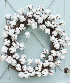 """Polyester cotton wreath Dimensions: - Outer Diameter: 19 1/2"""" - Inner Diameter: 13"""""""