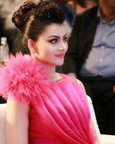 New girl photography Indian Celebrities, Bollywood Celebrities, Bollywood Fashion, Beautiful Celebrities, Beautiful Actresses, Bollywood Stars, Beautiful Bollywood Actress, Most Beautiful Indian Actress, Beautiful Girl Photo