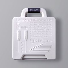 Strelka is a Taiwanese brand that integrates utility into your design-scape. This product is a book-like tool set with four metal screw drivers and six hex keys for d. Plastic Packaging, Paper Packaging, Brand Packaging, Box Packaging, Design Packaging, Gift Box Design, Tool Design, Vintage Design, Packaging Design Inspiration