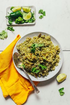 AMAZING Green Rice infused with peppers and herbs! 7 ingredients, VIBRANT flavor, perfect for Mexican night and beyond! Vegan Mexican Recipes, Vegetarian Recipes, Healthy Recipes, Ethnic Recipes, Healthy Food, Vegan Food, Spirulina, White Rice Recipes, Green Rice
