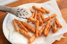 How to Make Fries Like Rally's and Checkers Funnel Cake funnel cake fries rallys Rallys Fries Recipe, How To Make Fries, Funnel Cake Fries, French Fry Seasoning, Seasoned Fries, Homemade French Fries, Restaurant Recipes, Copycat Recipes, Peanut Butter