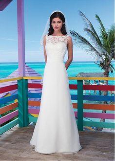 STUNNING CHIFFON LACE A-LINE BATEAU NECKLINE NATURAL WAISTLINE WEDDING DRESS IVORY WHITE LACE BRIDAL GOWN HANDMADE