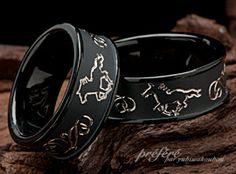 繊細な馬さんモチーフの結婚指輪(マリッジリング)はブラックリングのオーダーメイドで、お作りしました。