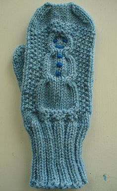 Cable Snowman Mittens FREE PATTERN by Jean Gifford on Ravelry