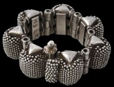 Gajredar Silver Bracelet, India - Michael Backman Ltd India Jewelry, Tribal Jewelry, Jewelry Art, Antique Jewelry, Gold And Silver Bracelets, Silver Anklets, Silver Jewelry, Silver Rings Online, Cheap Silver Rings