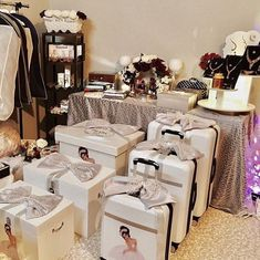 Wedding Gift Baskets, Wedding Gift Wrapping, Wedding Gifts, Wedding Wows, Wedding Prep, Wedding Bride, Modern Backyard Design, Birthday Surprise Boyfriend, Moroccan Theme