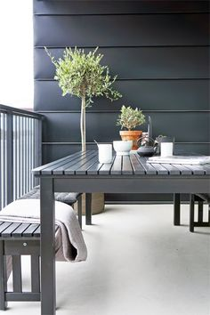 Black and white Outdoor Seating Areas, Outdoor Spaces, Outdoor Living, Outdoor Balcony, Rooftop Terrace, Garden Furniture, Outdoor Furniture, Outdoor Decor, Furniture Ideas