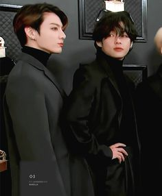 Animated gif shared by ɢᴏʟᴅᴇɴ ɪᴅᴏʟ⁷. Find images and videos about gif, bts and jungkook on We Heart It - the app to get lost in what you love. Foto Jungkook, Foto Bts, Bts Bangtan Boy, Bts Jimin, Jungkook Predebut, Taekook, V Bta, V Video, Vkook Memes
