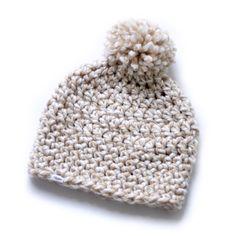 Gehaakte muts PomPom beige/wit Crocheted PomPom hat