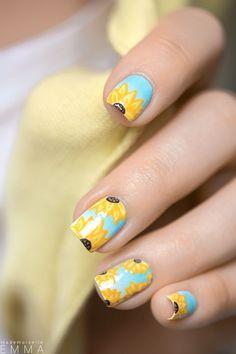 Joli Nail-Art tournesol... #TheBeautyHours
