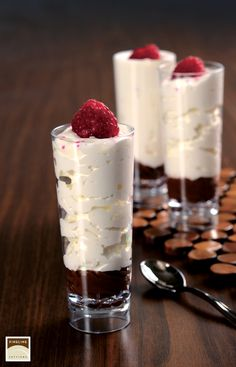 'tis the season of #celebration and #parties, let's start with the #parfaits! http://flsinc.co/HdCpq8 #holiday