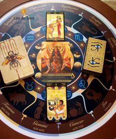 tiragem com Nefertari Tarot e  Isis Oracle