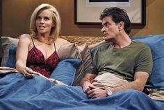 """Zwischen 2007 und 2011 spielte Jenny McCarthy an der Seite von Charlie Sheen in """"Two and a half Men""""."""