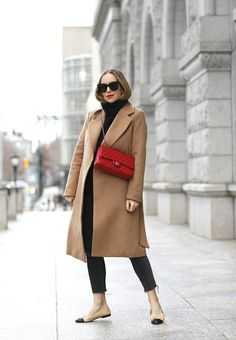Easy Tips for Looking Put Together (Brooklyn Blonde) Winter Coat Outfits, Winter Fashion Outfits, Look Fashion, Red Winter Coat, Autumn Outfits, Fashion Fall, Spring Outfits, Fashion Women, Brooklyn Blonde