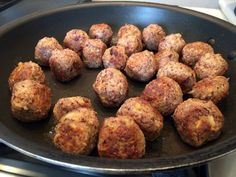 This recipe has shattered my perception of vegan food. Simply put, this is the recipe to share with your meat-loving friends and family. It is a simple recipe to follow and yields a firm meatball…