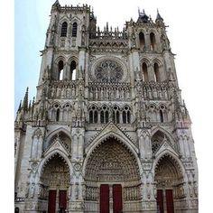 Un réseau de cent monuments dans toute la France