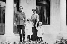 "The Grand Duke Ernest-Ludwig of Hesse (Darmstadt) and by Rhine is photographed with his wife,the Grand Duchess Eleonore and their sons, Princes Georg Donatus and Ludwig at the Livadia Palace in 1912. ""AL"""