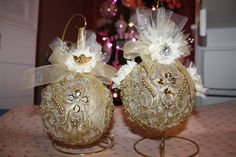 Vintage Ornaments Set of Two by CustomPlaceCards on Etsy