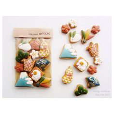 - Japanese style icing cookies by Antolpo Japanese Cookies, Japanese Sweets, Kawaii Cookies, Cute Cookies, Cookie Packaging, Food Packaging, Royal Icing Cookies, Sugar Cookies, Cookie Designs