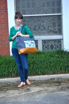Another version of free cargo duffle bag pattern, Noodle-head pattern sponsored by Kaufman