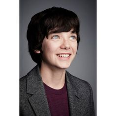 Asa Butterfield gorgeous people ❤ liked on Polyvore featuring pictures