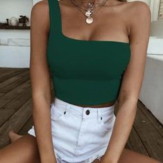 Nadafair One Shoulder Sexy Backless Wrap Crop Top Women Sleeveless Casual Streetwear Summer Tank Tops Red Green Black Cropped Tops, Easy Style, Summer Fashion Outfits, Fashion Clothes, Summer Crop Top Outfits, Fashion Skirts, Fashion 2017, Fashion Brands, Sleeveless Crop Top