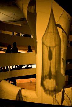 Bienal SP [2016] Autoria: Adriana Prado Impressão: Papel Canson Edition Etching, formato 100x150cm, emoldurada em madeira escura sem vidro Valor: R$ 1.500,00 Informações casavitorinofoto@gmail.com