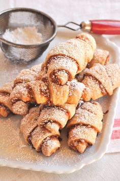 Rugelach_ from Sarabeth's Bakery: From My Hands to Yours by Sarabeth Levine… Jewish Desserts, Jewish Recipes, Romanian Recipes, Jewish Food, Romanian Food, Ukrainian Recipes, Vol Au Vent, Croquembouche, Profiteroles