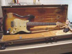 Fender Stratocaste Sunburst Vintage