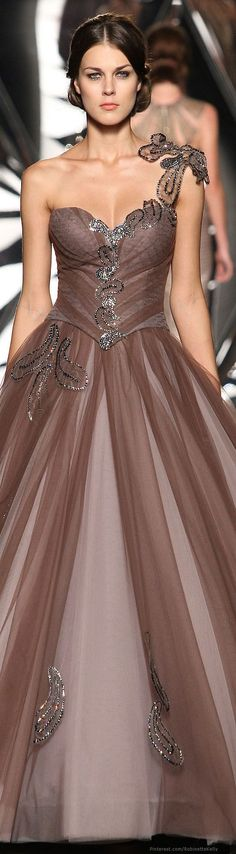 Mireille Dagher Fall Winter Haute Couture but why does she look so mad? Stunning Dresses, Beautiful Gowns, Elegant Dresses, Pretty Dresses, Beautiful Outfits, Evening Dresses, Prom Dresses, Bridesmaid Gowns, Dresses 2014