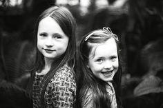 """ sisters "" Feel free to pin , comment or like my facebookpage : fotograeve . kids , kinderen , fotografie , fotoshoot , trouwfoto's , fotograaf , geboorte , zwangerschap , pregnancy , birth .."