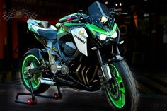 Kawasaki Z800 Design By. Pekky Pro Superbike - Showroom - Z800Thailand.com data specification review the trading price of the dress Kawasaki Z800.