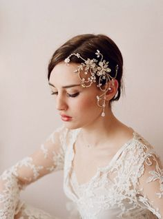 Dazzling Twisted Rhinestone & Pearl Headpiece