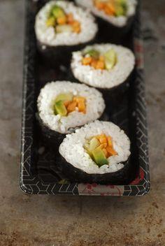 Sushi con aguacate y zanahorias!!
