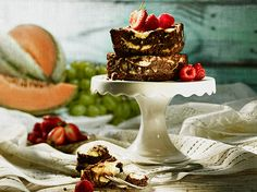 Tame your sweet tooth with Coffee, Chocolate and Walnut Cheesecake Brownies Cheesecake Brownies, Brownie Bar, Something Sweet, No Bake Cake, Tarts, Cooking Tips, Biscuits, Sweet Tooth, Desserts