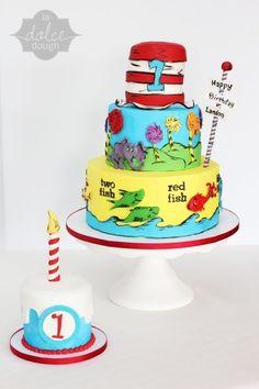 Dr. Seuss  By xxkristaxx on CakeCentral.com