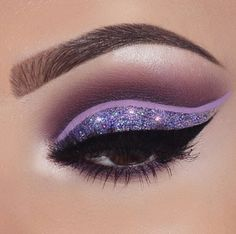 makeup red makeup video in tamil eye makeup cause glaucoma makeup list makeup used by baseball players makeup makeup glitter makeup kajal Purple Eye Makeup, Makeup Eye Looks, Eye Makeup Art, Glitter Makeup, Glitter Eyeshadow, Eyeshadow Makeup, Eyeshadow Palette, Orange Eyeshadow, Eyeshadow Brands