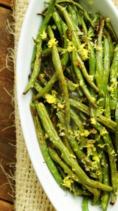 Oven Roasted Garlic Green Beans with Lemon